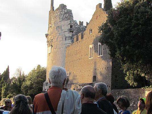 4 - Il Mausoleo di Cecilia Metella e il Castrum Caetani
